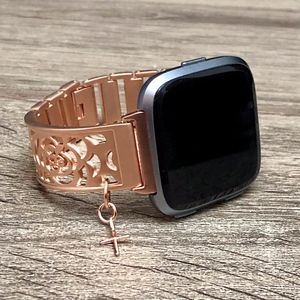 Rose Gold Metal Charm Bangle for Fitbit Versa